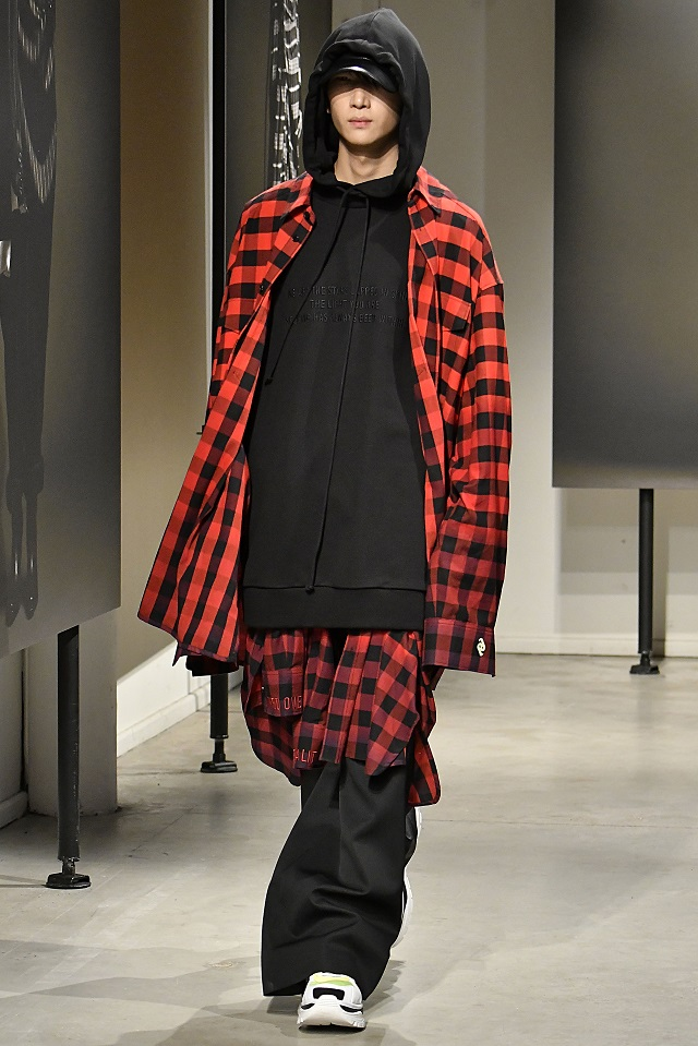 Juun J Paris Fashion Week Men Fall Winter 2018-19 Paris January 2018