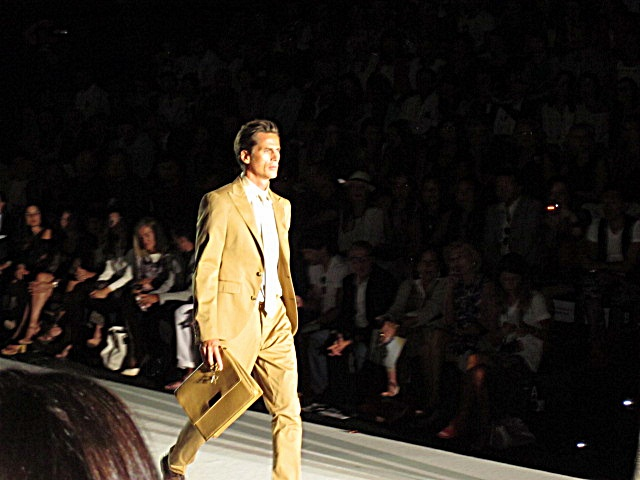 Roberto Verino Tan Suit