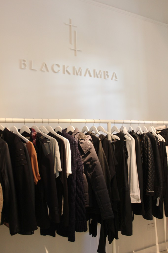 BlackMamba 1
