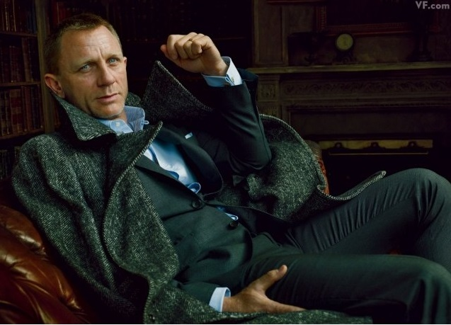 Look cool like James Bond with a patterned coat.