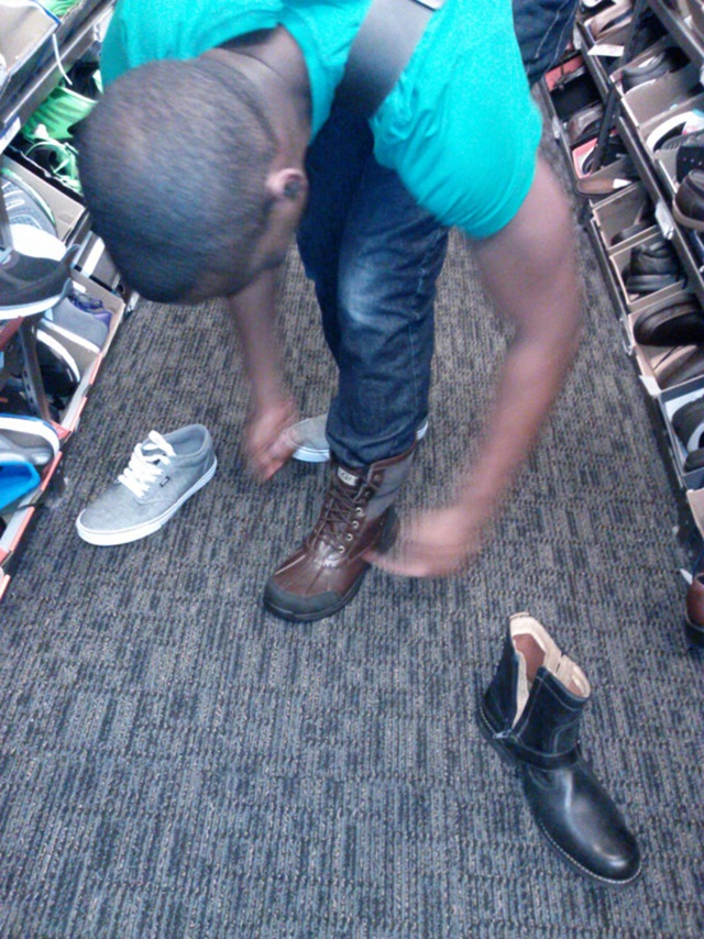 shoeshopping2