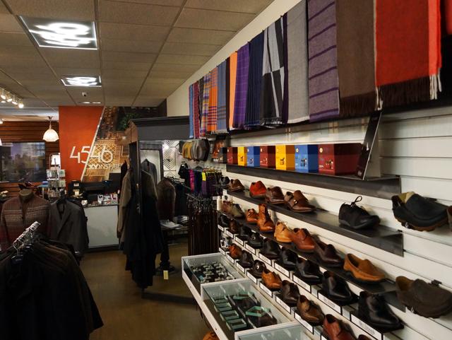 scarvesStore2-oldfield1