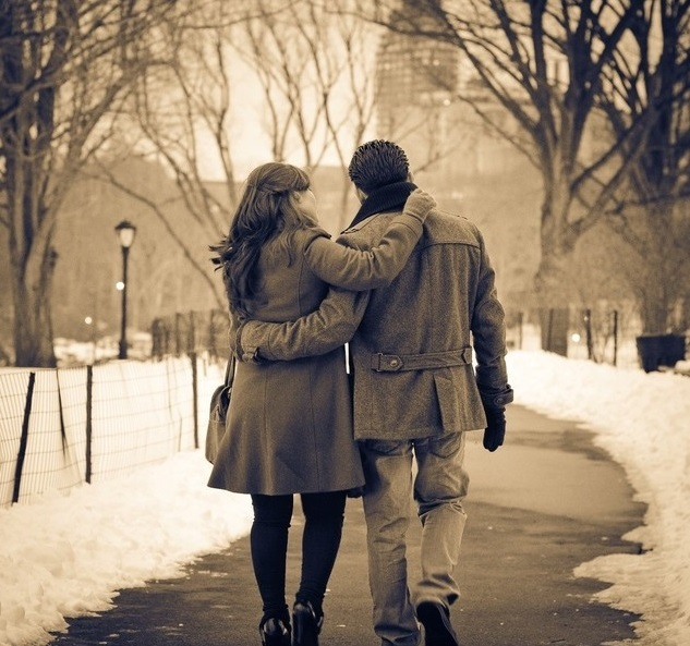 A romantic stroll in the park  can a beautiful present!