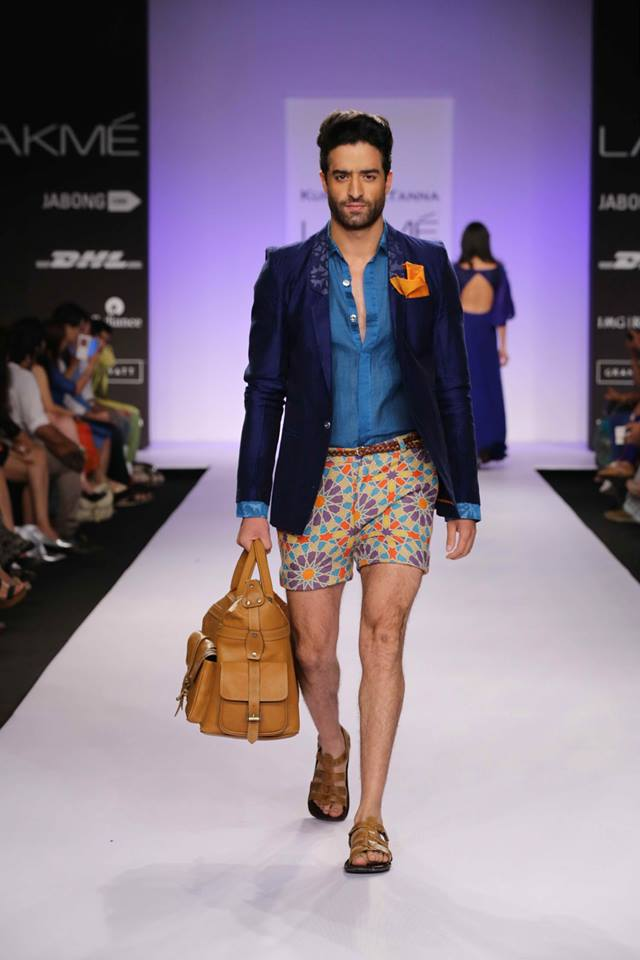 Another paisley look by Kunal Anil tanna matched with a comfortable blazer and leather bag.