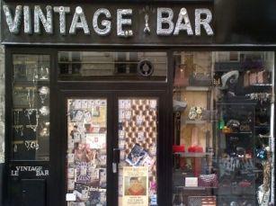 1 Vintage Shopping in Paris