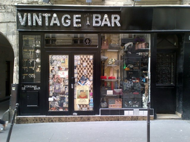 Vintage Bar (1)Paris