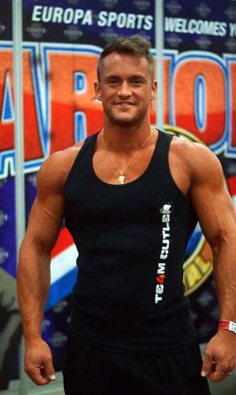 Swiss bodybuilder and fitness model Stan Imal sported a Team Cutler tank, named in honor of former Mr. Olympia, Jay Cutler.